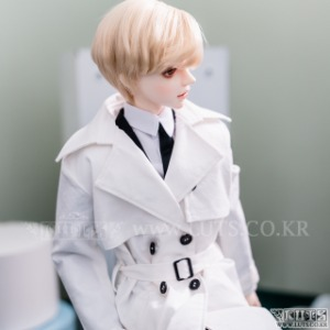 SDF65 Long Trench coat (White)